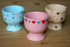 easter-egg-cups